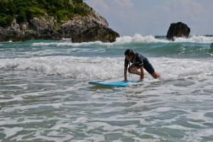 scuola_surf_gaeta_lido_ariana_surf_school_italy_mug_surf_club_37
