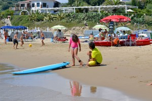 scuola_surf_gaeta_lido_ariana_surf_school_italy_mug_surf_club_58